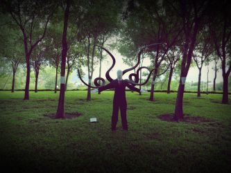 Slenderman Cosplay by Nao-Dignity