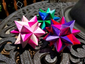 Group of Origami Modular Stars 2 by demuredemeanor