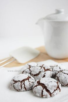 The Real Thing: Chocolate Crinkle Cookies by thinkpastel