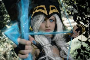Ashe - League Of Legends by Azaak