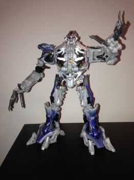 Megatron Finally got his Arm by ToaAntan