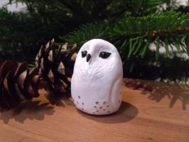 SOLD 4.8cm Snowy Owl sculpture decoration by MyselfMasked