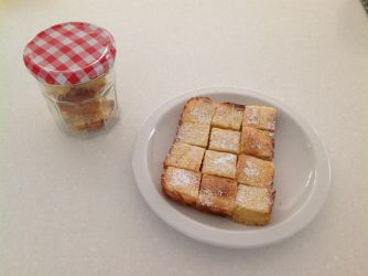 Homemade Lemon bars by Roses-and-Feathers