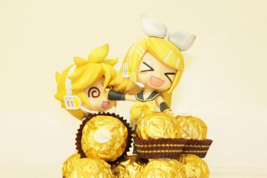 Rin, Len and Ferrero Rocher by negi-bozou