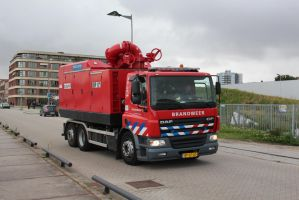 HA 55-1 with water cannon by damenster