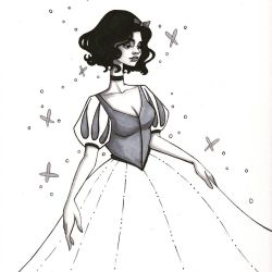 Inktober Day 17- Snow White.  by jenc