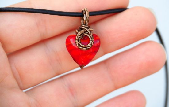 Small red heart necklace by IanirasArtifacts