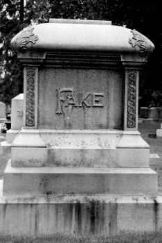 A fake grave by fabala090486