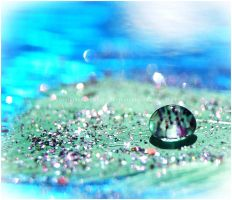 Droplet of Glam by GrotesqueDarling13