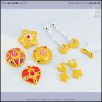 Sailor Moon Charms + Jewelry by junosama