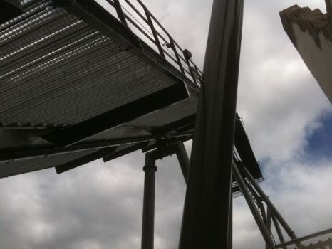 Looking up at Swarm - Thorpe Park by samanthanagel1567