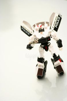 Prowl 02 by halogenlampe