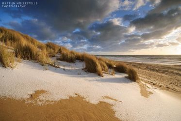 Dunes and Snow by Svision