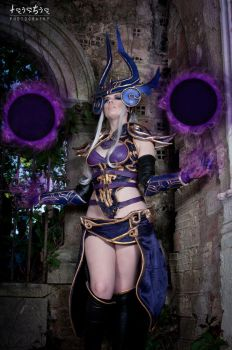 Syndra - So much untapped power by sumyuna