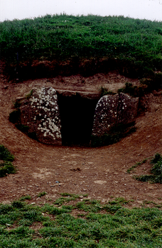 Mound-of-the-Hostages by DalCais