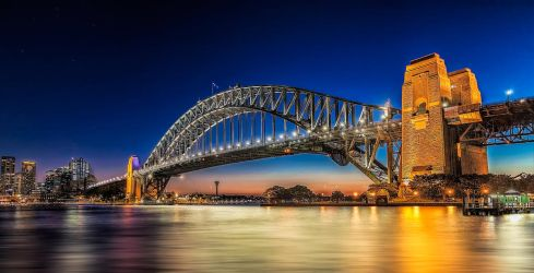 Sydney Harbour Bridge at Dusk by TarJakArt