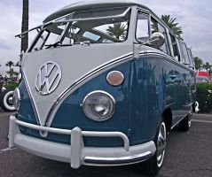 VW Bus by Swanee3