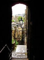 An Edinburgh Close by Estruda