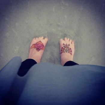 Feet in Sand by pin-to-skin