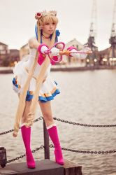 Super Sailor Moon - Sailor Moon (new) I by Cosbabe