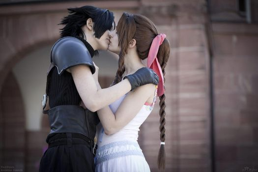 Final Fantasy: Sweet kiss by Ansuchi