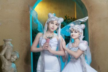 Queen Serenity and Princess Serenity by Likanda