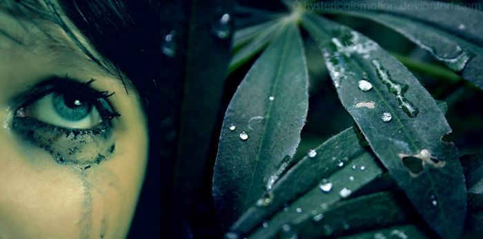 don't cry with the rain. by hystericalemotion