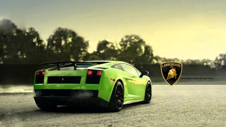 Green Lamborghini by juventino11