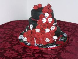 Gothic Wedding Cake by mistresskittykf