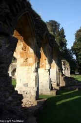 Hailes Abbey by ogrebear