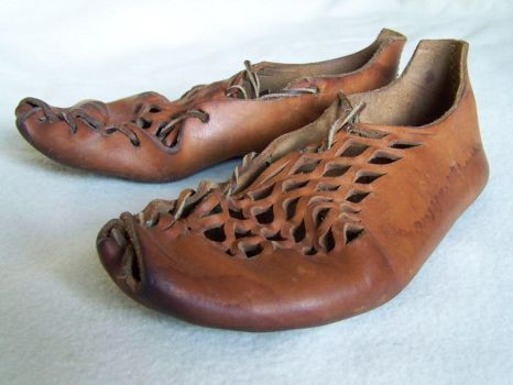 Iron age shoes by Dishtwiner