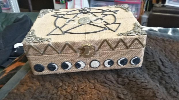 Moon tarot box pic #2-frount view moon cycle by branika
