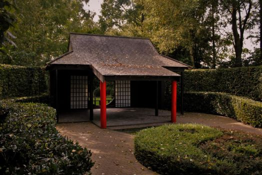 Asian Temple by Calidris555