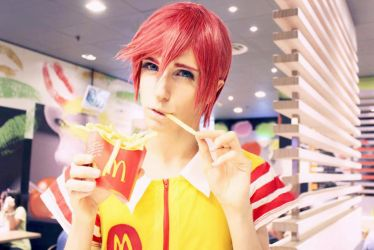 Ronald McDonald's Cosplay (Anime Version) by AyumuYamamoto