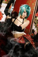 vocaloid  hatsune miku knife by loonglenn