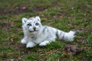 ETSY Commission White Tiger by MalinaToys