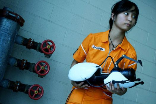 Portal cosplay: Chell by aiimeii
