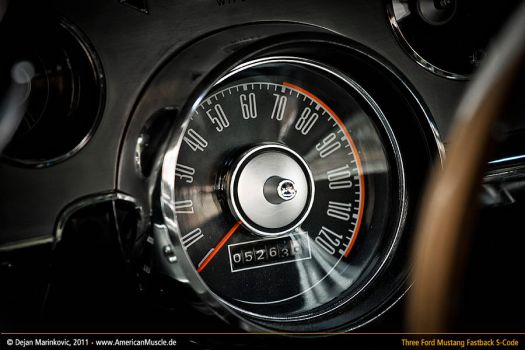 mustang speedometer by AmericanMuscle