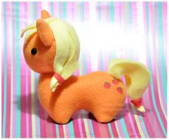 MLP - Itsy-Pony Plush Applejack by mihoyonagi