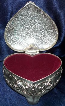 Open Heart Jewelry Box by RD-Stock