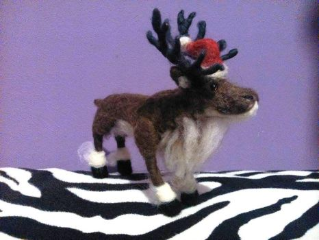 Needlefelted reindeer by soad666xd