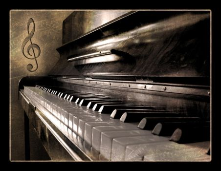 Piano by TheDigitalVee