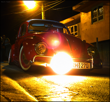 VDUB in the dark by Mister-Lou
