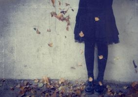 Valse des feuilles mortes. by Feelonia
