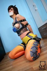 Tracer totaly encased! 5 by Natsuko-Hiragi