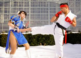 EBK - Chun Li Vs Ryu by miss-gidget