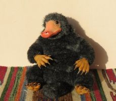 Niffler - Fantastic beasts and where to find them by Sukhanov