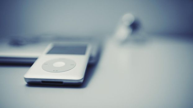 iPod classic wallpaper by Psychopulse