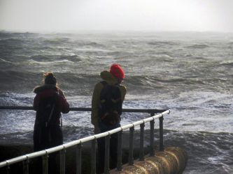 Windy weather at hove's seafront by rotellaro
