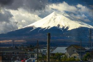 Japan from the bus by Rikitza